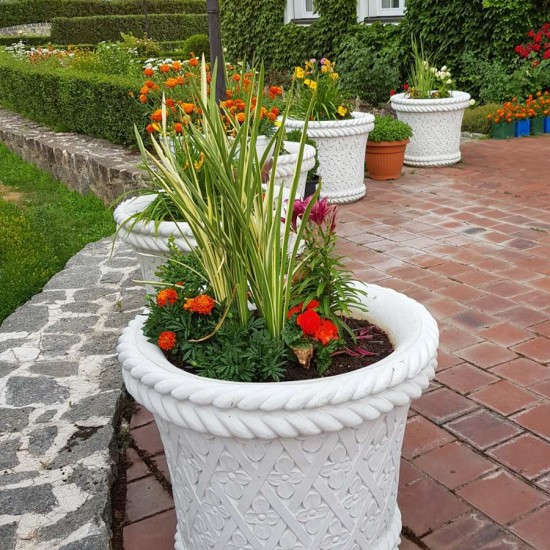 Flower planter Estella Grande