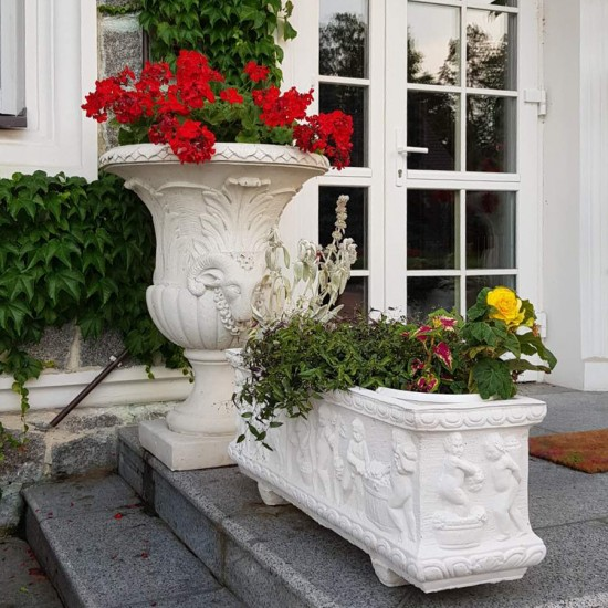 Flower planter Wendimia