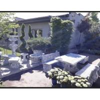 """Вуличні меблі в садовому центрі """"Белгравія"""""""